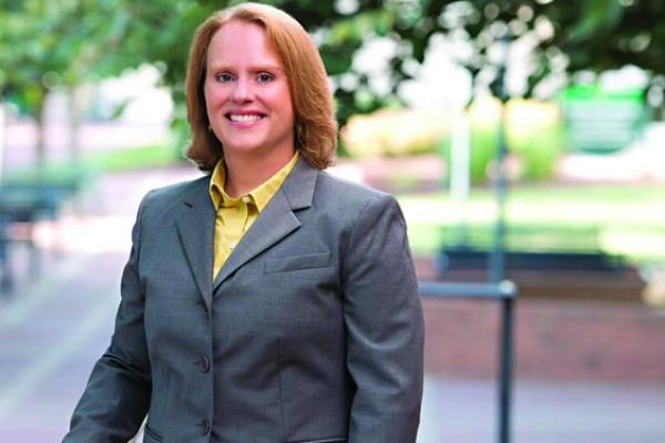 Dr. Jennifer Troyer